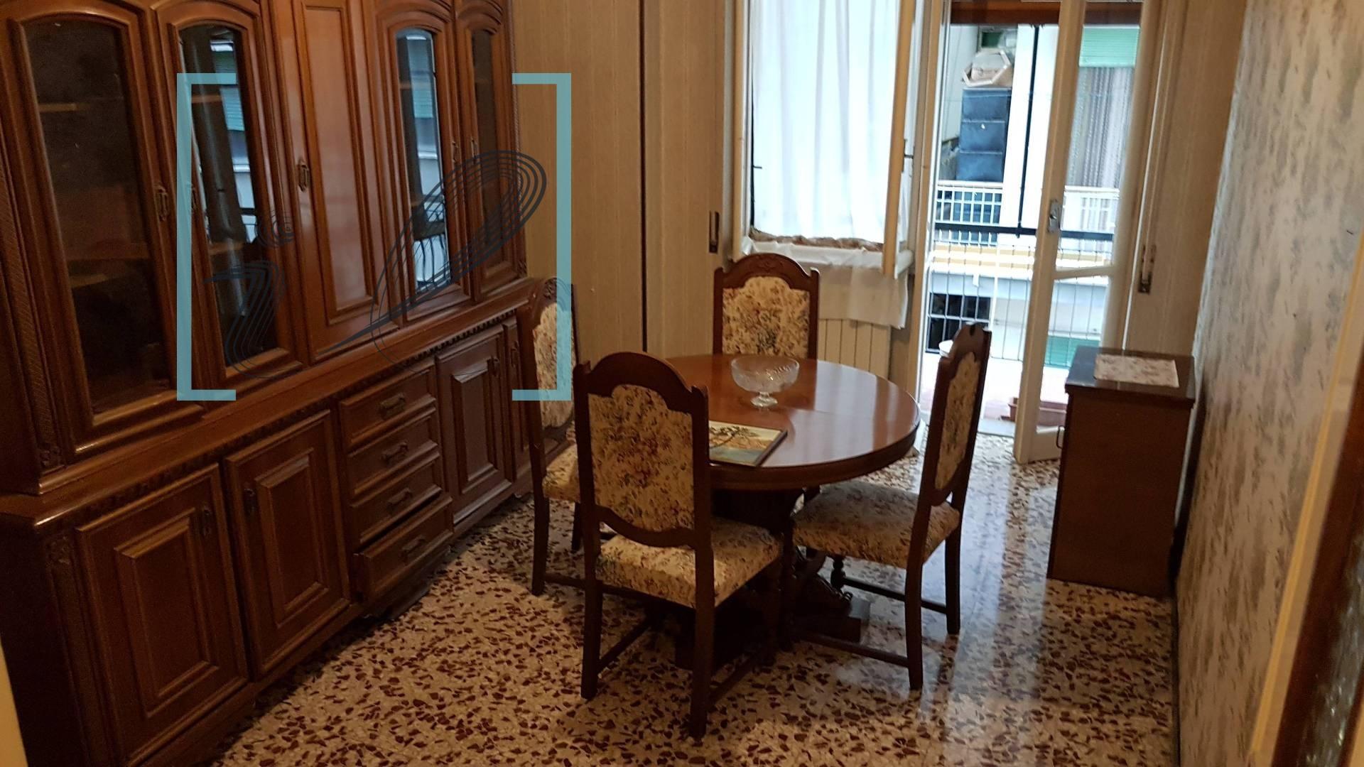 Appartamento in vendita a Albenga, 3 locali, prezzo € 125.000 | CambioCasa.it