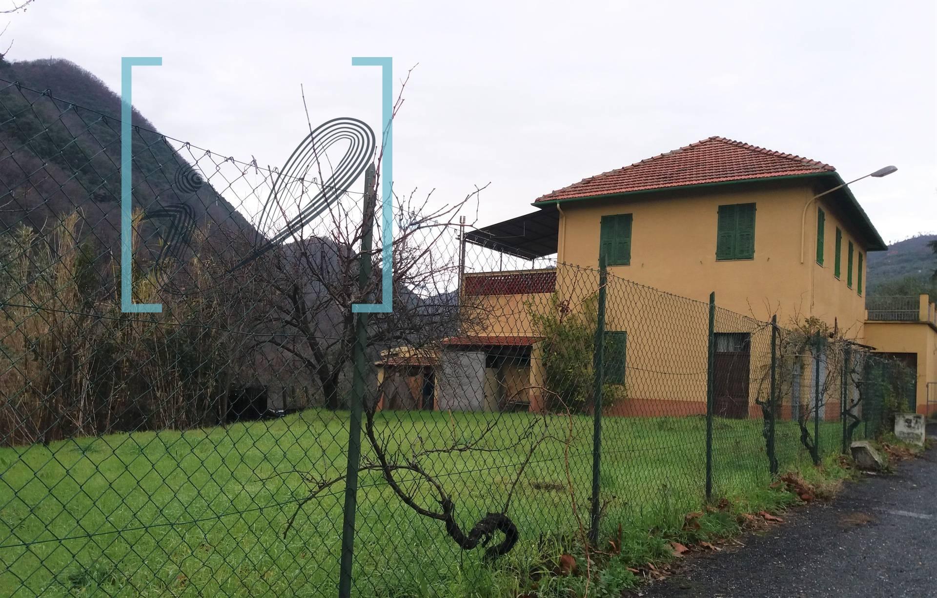 Soluzione Indipendente in vendita a Ranzo, 10 locali, prezzo € 180.000 | CambioCasa.it