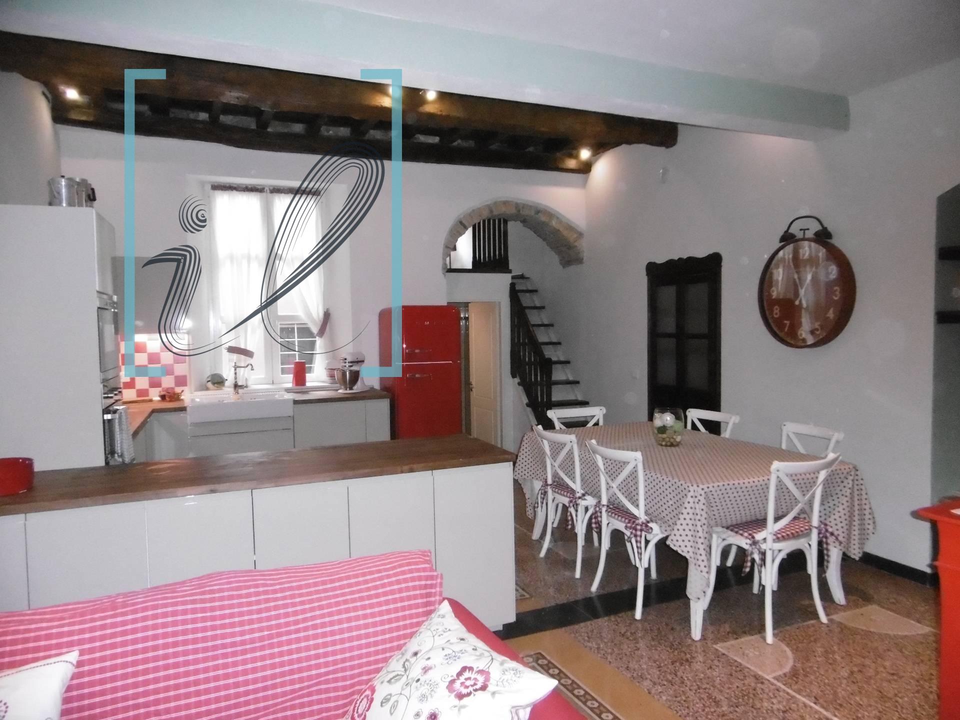 Appartamento in vendita a Pieve di Teco, 4 locali, prezzo € 148.000 | CambioCasa.it