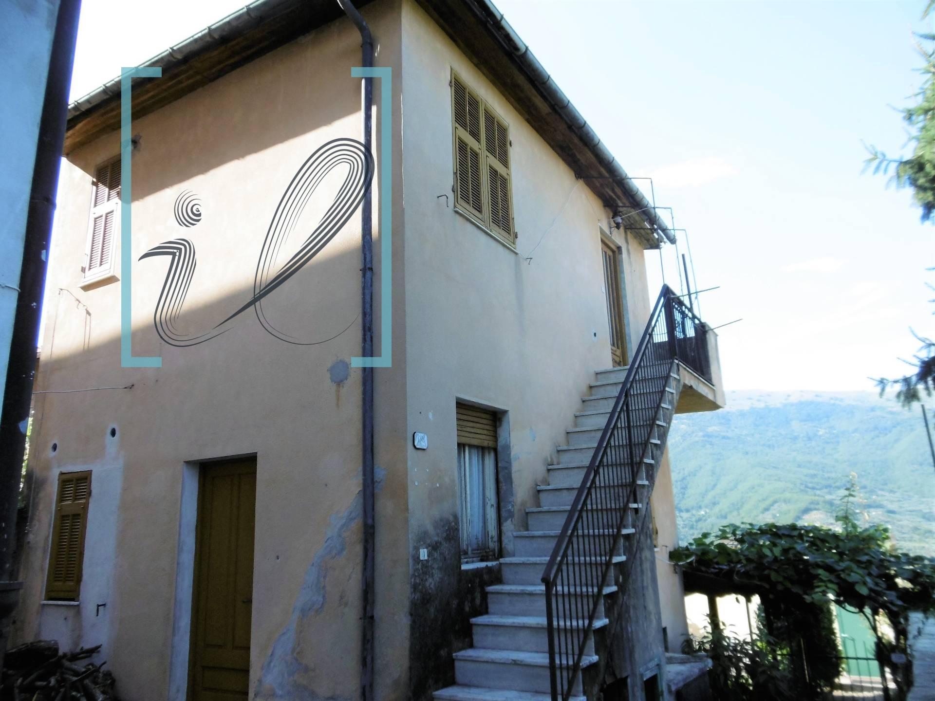 Rustico / Casale in vendita a Borgomaro, 4 locali, zona Località: VilleSanPietro, prezzo € 38.000   PortaleAgenzieImmobiliari.it