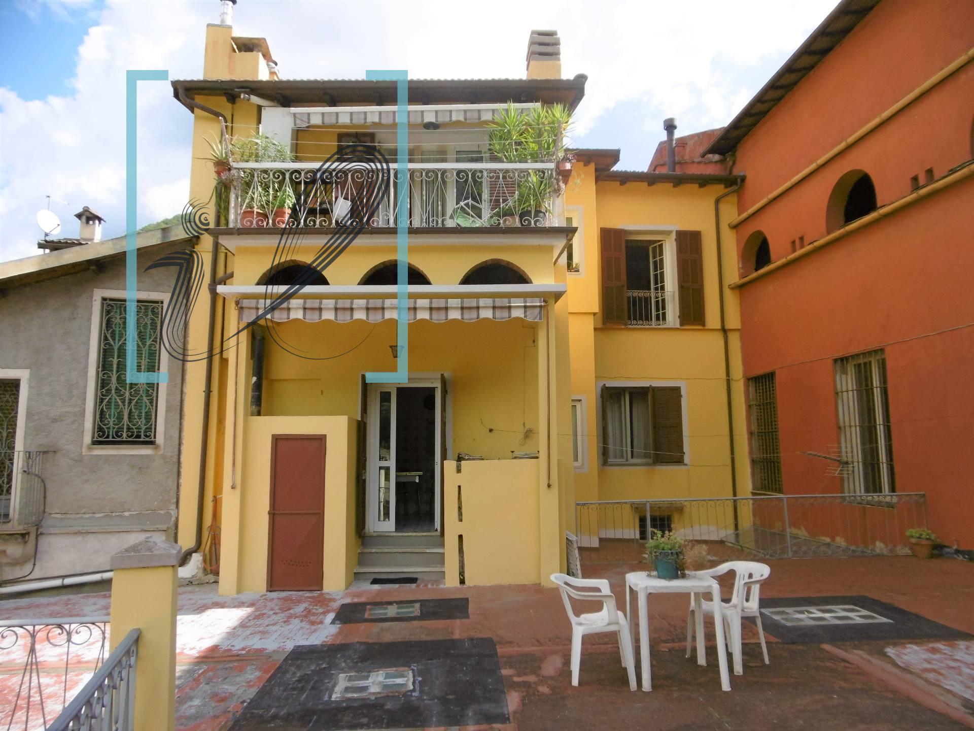 Appartamento in vendita a Pieve di Teco, 4 locali, prezzo € 138.000 | CambioCasa.it