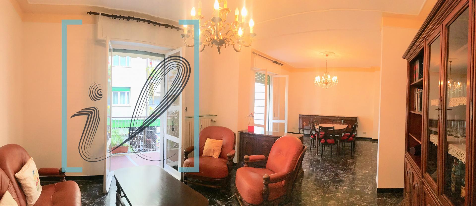 Appartamento in vendita a Albenga, 4 locali, prezzo € 235.000 | CambioCasa.it