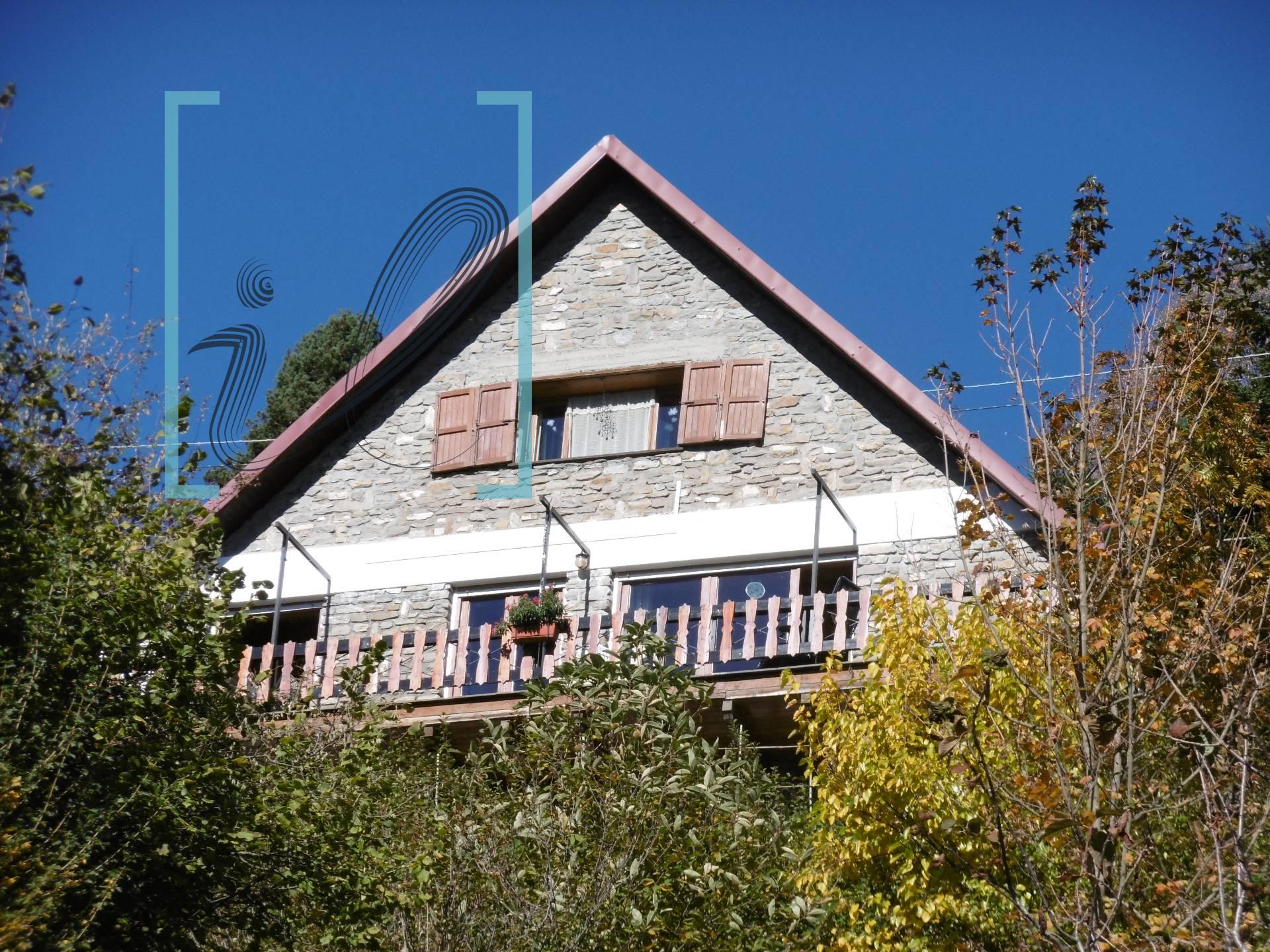 Villa in vendita a Mendatica, 5 locali, zona Località: SanBernardodiMendatica, prezzo € 110.000 | CambioCasa.it