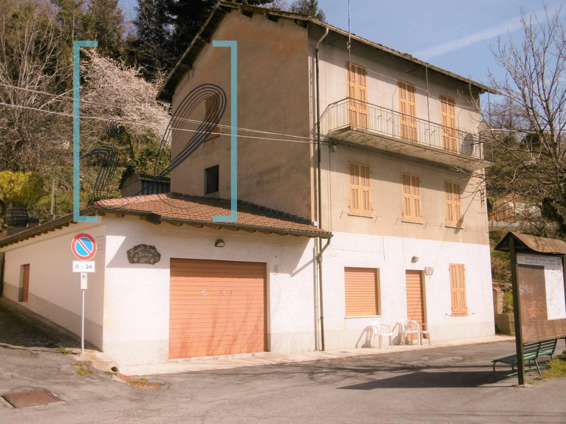 Rustico / Casale in vendita a Pornassio, 8 locali, zona Zona: Ottano, prezzo € 70.000 | CambioCasa.it