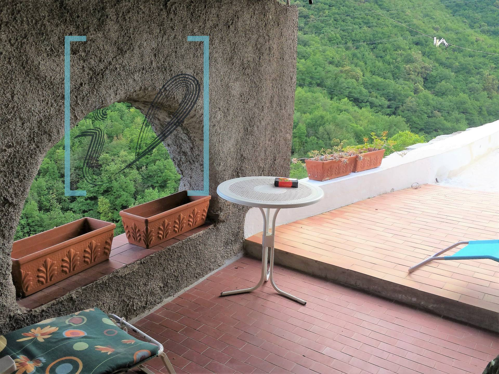 Rustico / Casale in vendita a Erli, 9 locali, zona Zona: Panizzara, prezzo € 95.000 | CambioCasa.it