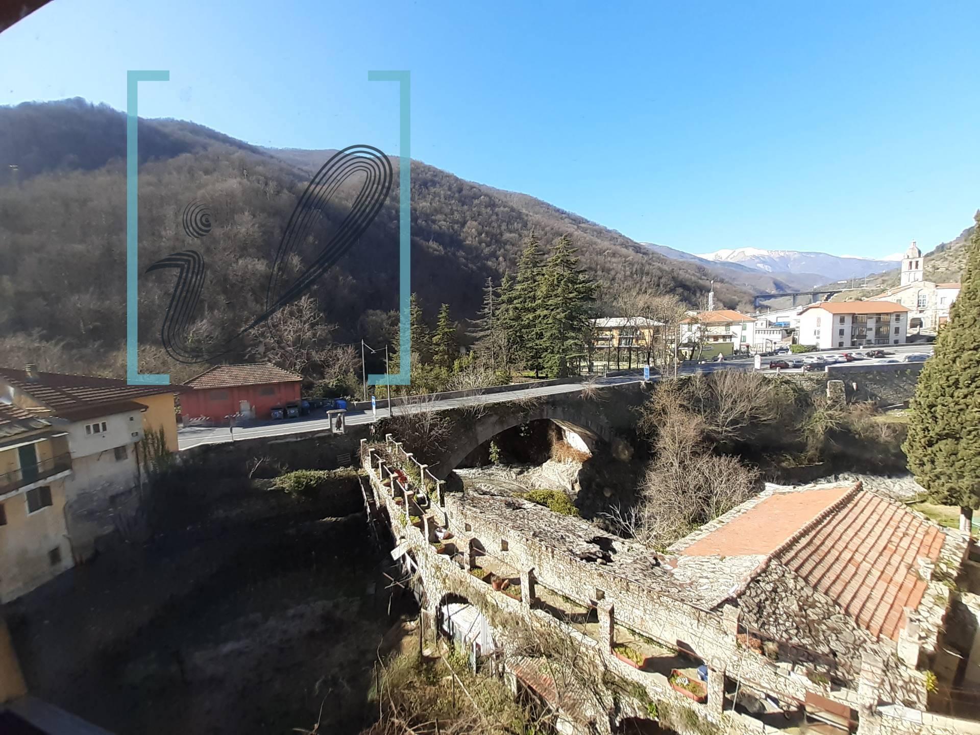 Appartamento in vendita a Pieve di Teco, 4 locali, prezzo € 75.000 | CambioCasa.it