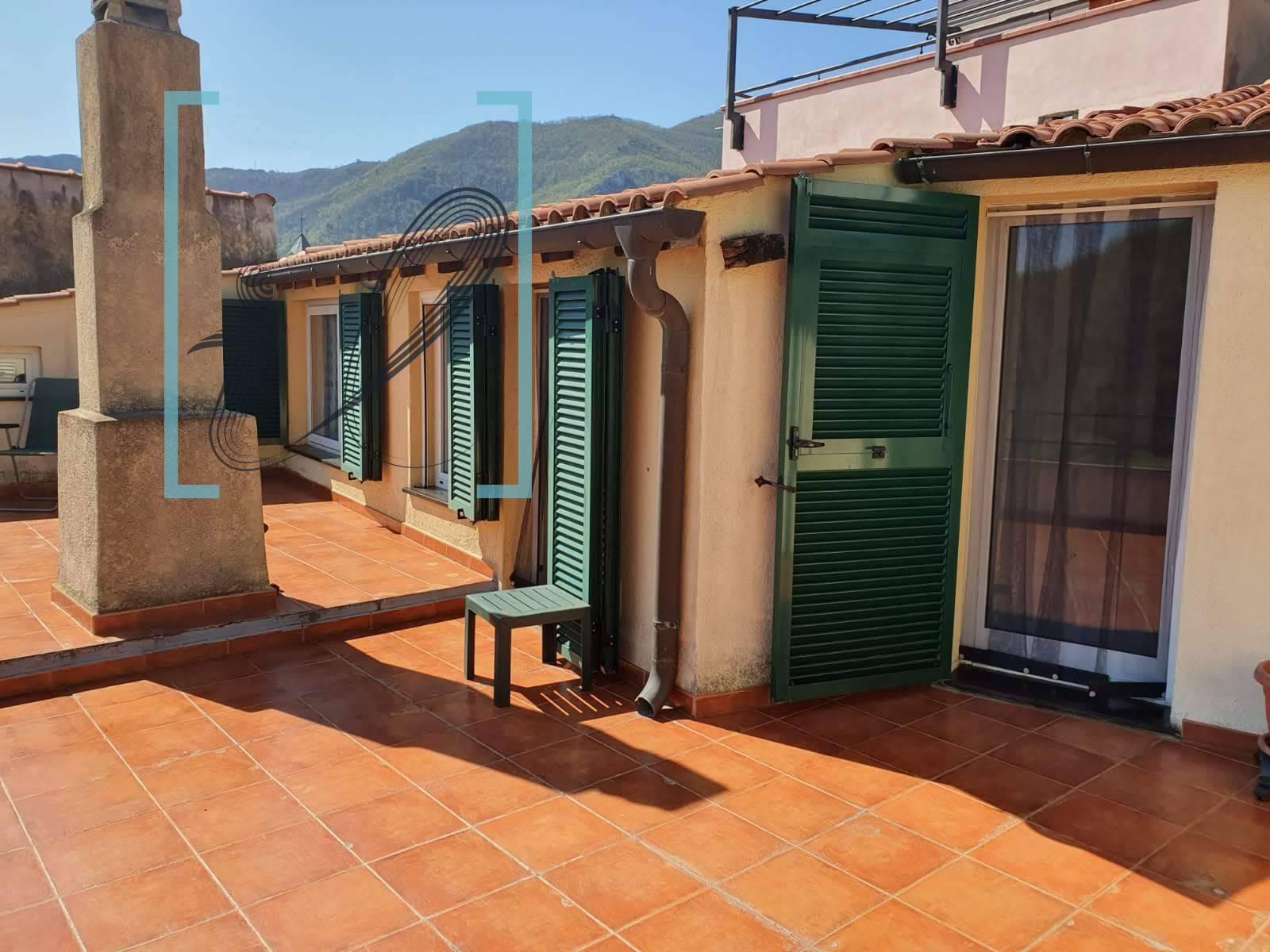 Rustico / Casale in vendita a Balestrino, 9 locali, prezzo € 160.000 | PortaleAgenzieImmobiliari.it