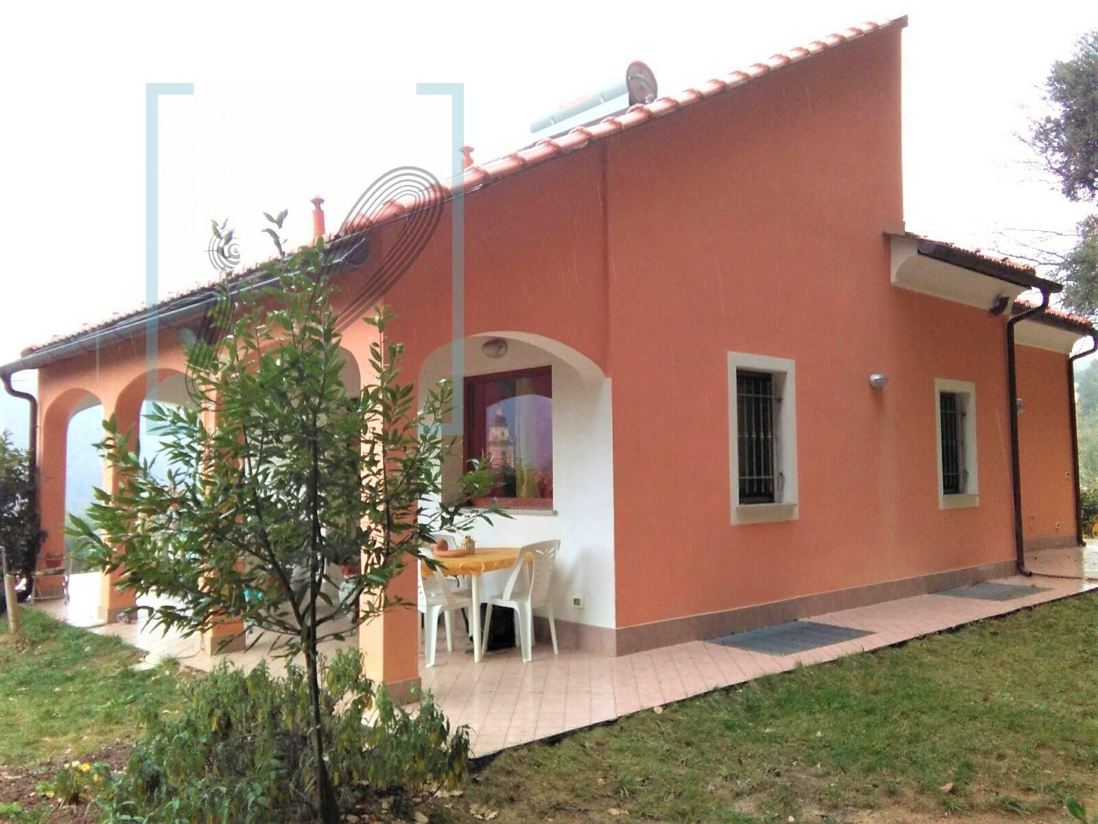 Villa in vendita a Ortovero, 5 locali, prezzo € 350.000 | PortaleAgenzieImmobiliari.it