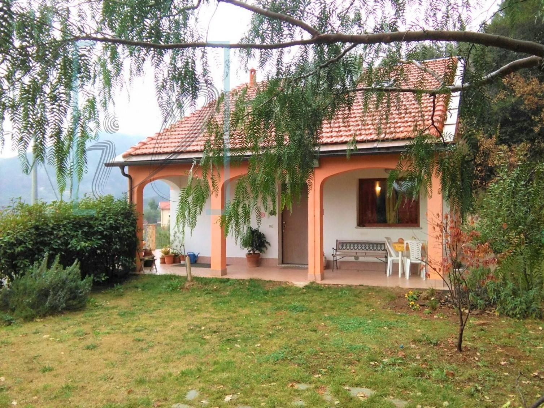 Villa in vendita a Ortovero, 5 locali, prezzo € 350.000 | CambioCasa.it