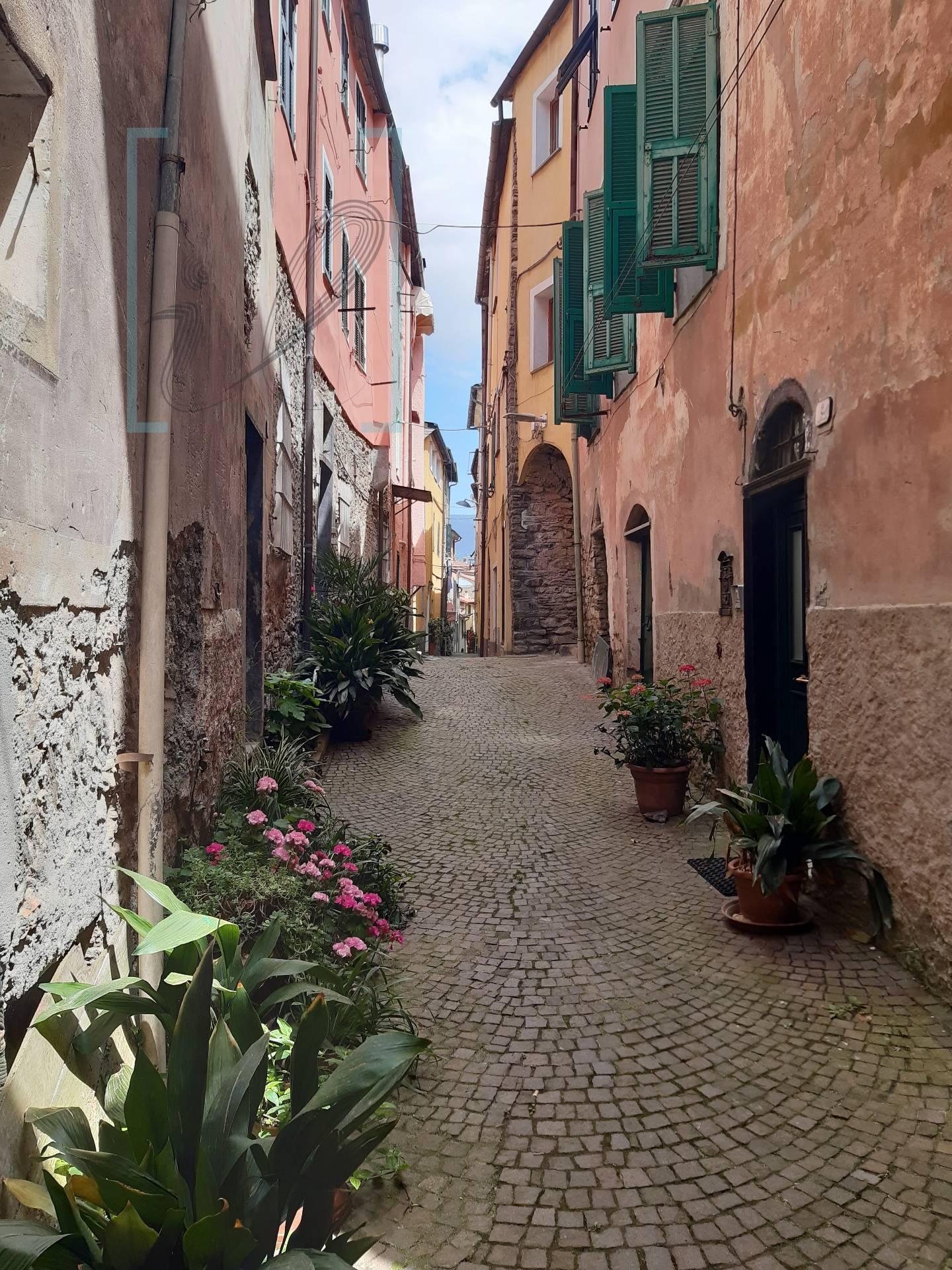Appartamento in vendita a Borgomaro, 4 locali, prezzo € 48.000   PortaleAgenzieImmobiliari.it