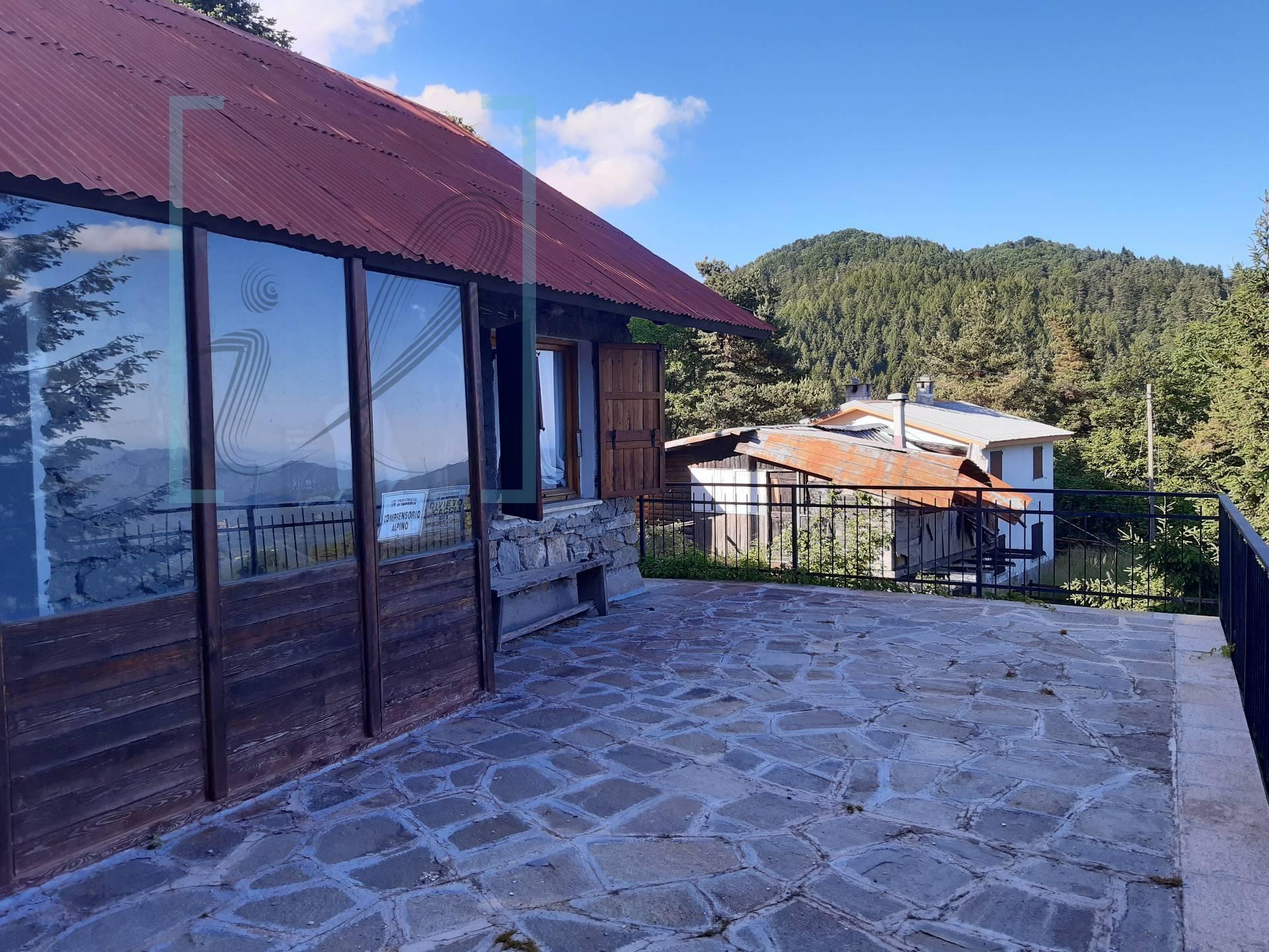 Soluzione Indipendente in vendita a Mendatica, 5 locali, zona Località: SanBernardodiMendatica, prezzo € 85.000   CambioCasa.it