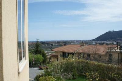 Appartamento in Vendita a Villanova d'Albenga