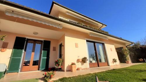 Villa in Vendita a Borghetto d'Arroscia