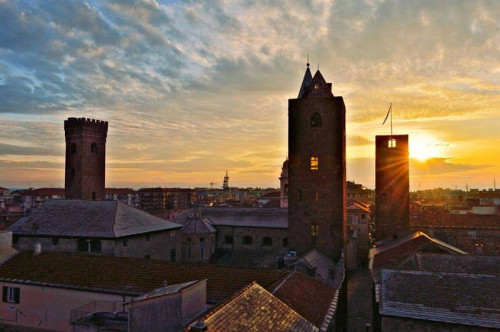 Attività commerciale in Vendita a Albenga