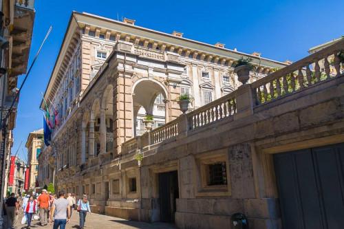 Attività commerciale in Vendita a Genova