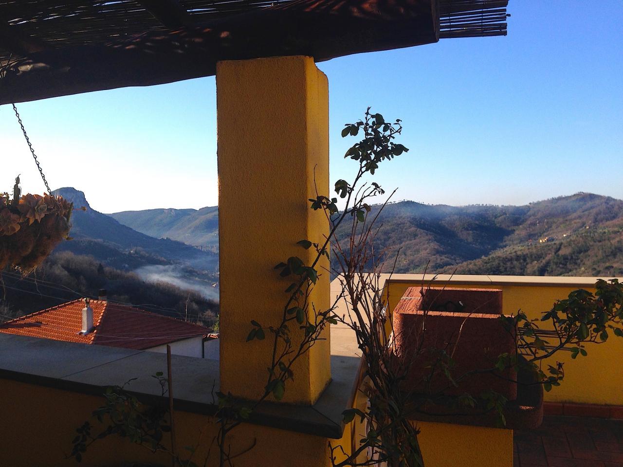Appartamento in vendita a Calice Ligure, 7 locali, Trattative riservate | CambioCasa.it
