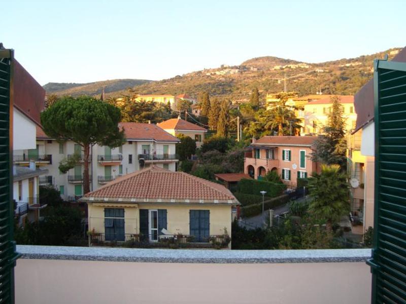 Appartamento in vendita a Borgio Verezzi, 3 locali, prezzo € 290.000   CambioCasa.it