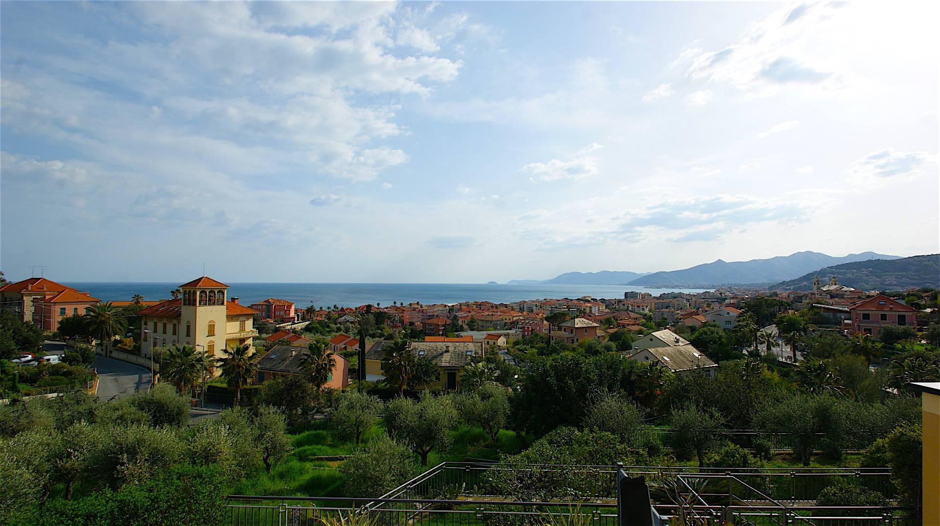 Appartamento in vendita a Borgio Verezzi, 3 locali, Trattative riservate   CambioCasa.it