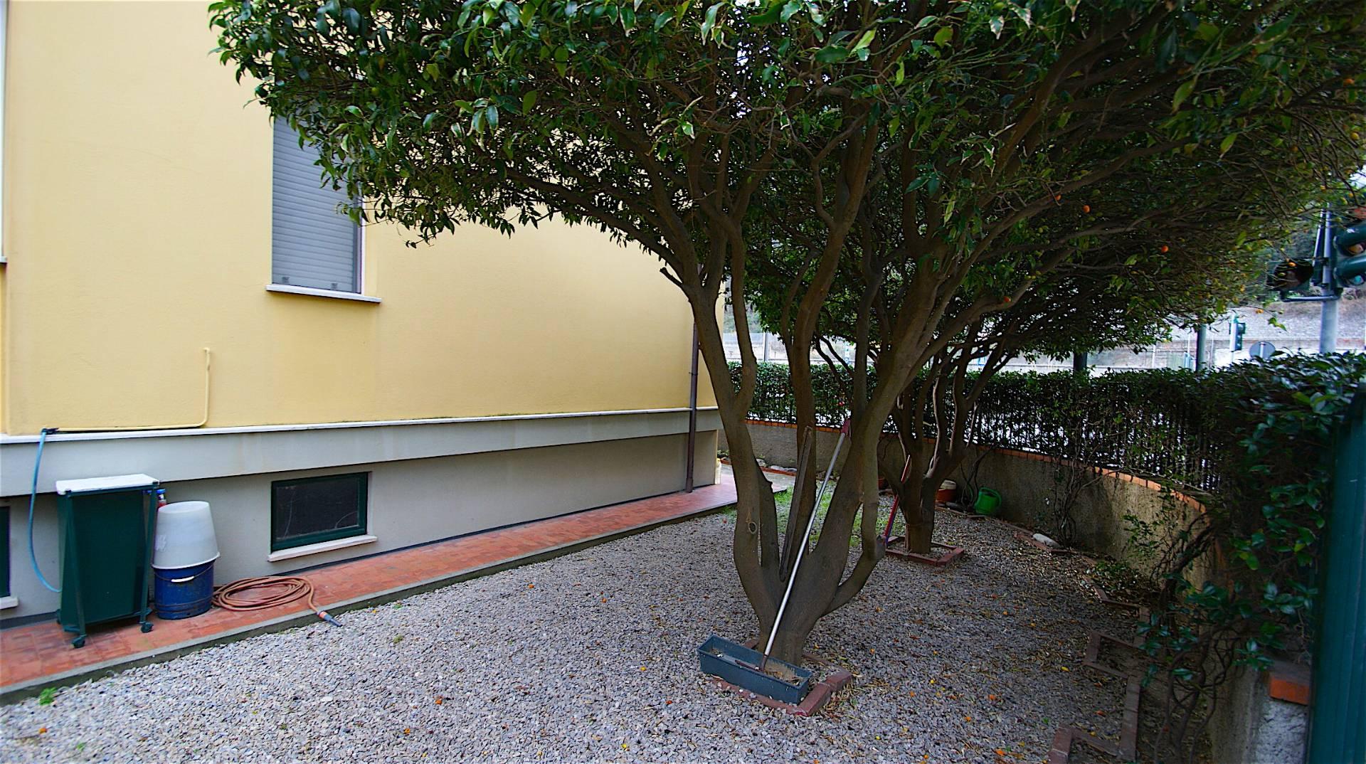 Appartamento in vendita a Finale Ligure, 2 locali, prezzo € 280.000 | CambioCasa.it