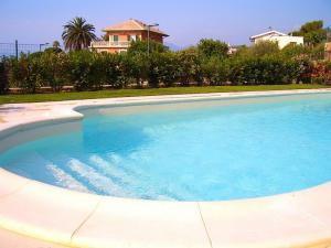 Villa in Vendita a Borgio Verezzi