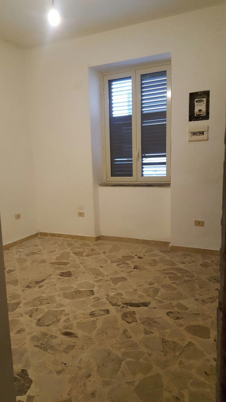 Bilocale Palermo Via Antonio Mongitore 4