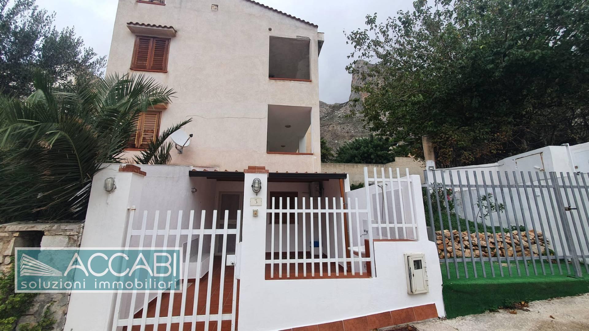 Appartamento in vendita a San Vito Lo Capo, 5 locali, zona ri, prezzo € 180.000 | PortaleAgenzieImmobiliari.it