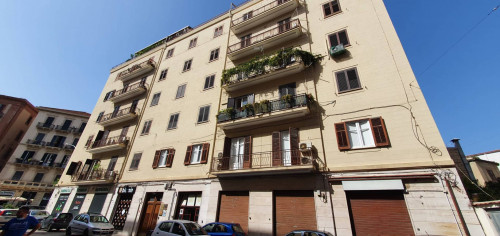 Locale commerciale in Affitto a Palermo