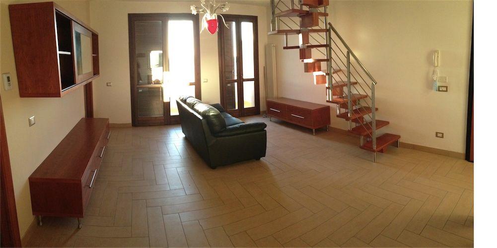 Appartamento in affitto a Ponsacco, 6 locali, zona Zona: Camugliano, prezzo € 720   CambioCasa.it