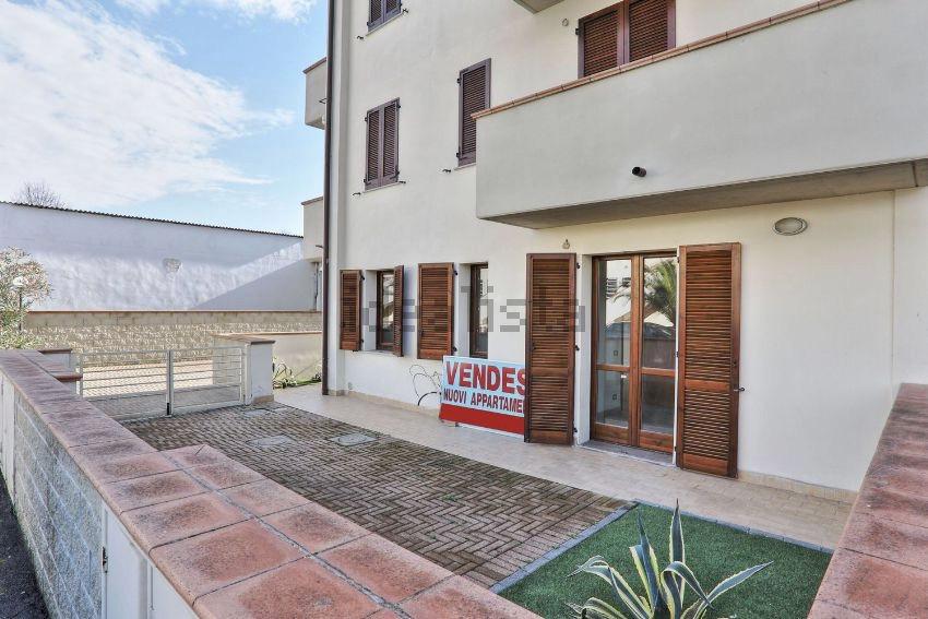 Appartamento in vendita a Pontedera, 3 locali, zona Località: LaRotta, prezzo € 149.000 | CambioCasa.it
