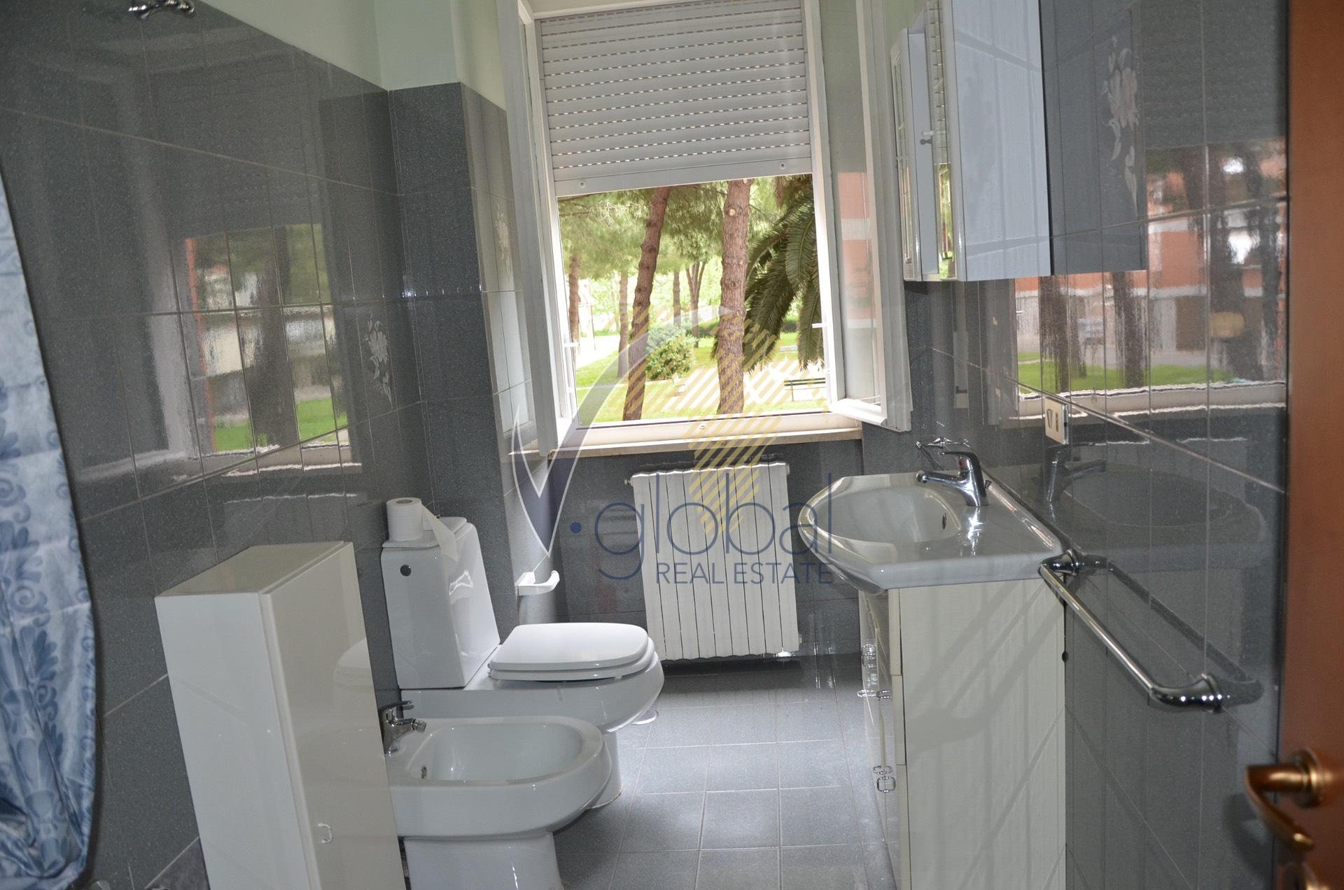 vendita appartamento livorno centro  99000 euro  3 locali  67 mq