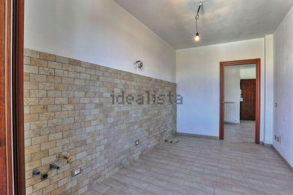 Appartamento in affitto a Ponsacco, 4 locali, zona Zona: Camugliano, prezzo € 560   CambioCasa.it