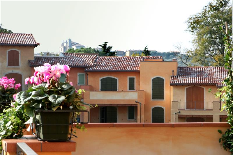 Appartamento in vendita a Manerba del Garda, 2 locali, prezzo € 220.000   Cambio Casa.it
