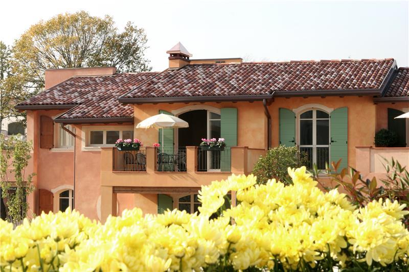 Appartamento in vendita a Manerba del Garda, 3 locali, prezzo € 330.000 | CambioCasa.it