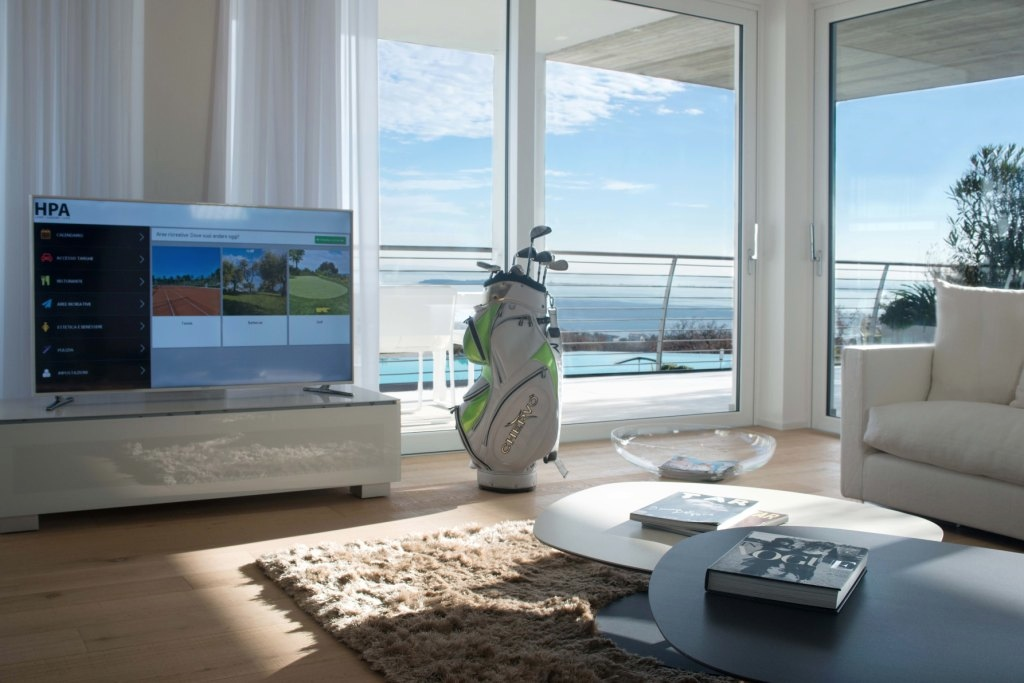 Appartamento in vendita a Padenghe sul Garda, 8 locali, Trattative riservate | Cambio Casa.it