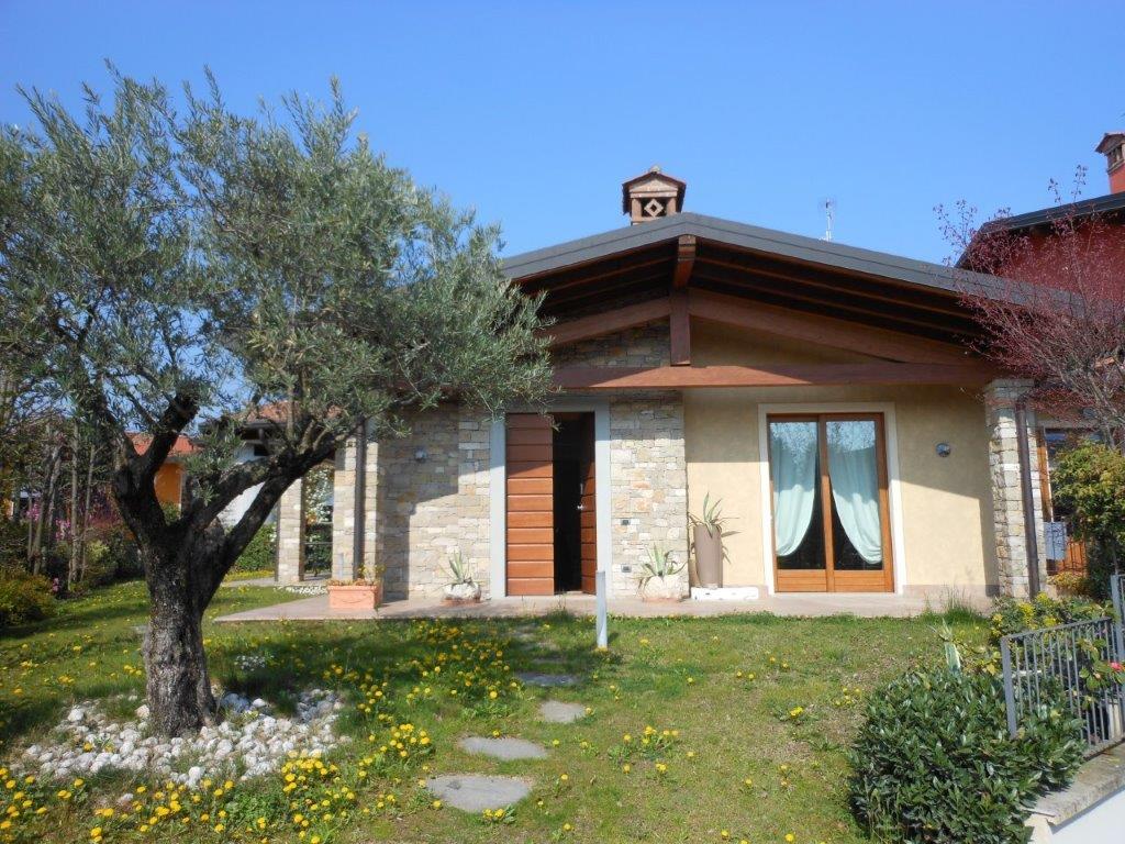 Villa Bifamiliare in Vendita a Erbusco