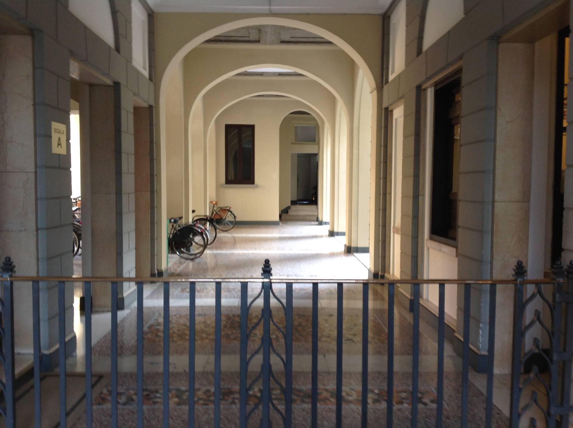 Ufficio / Studio in affitto a Brescia, 9999 locali, zona Località: 1-CENTROSTORICO, prezzo € 900 | Cambio Casa.it