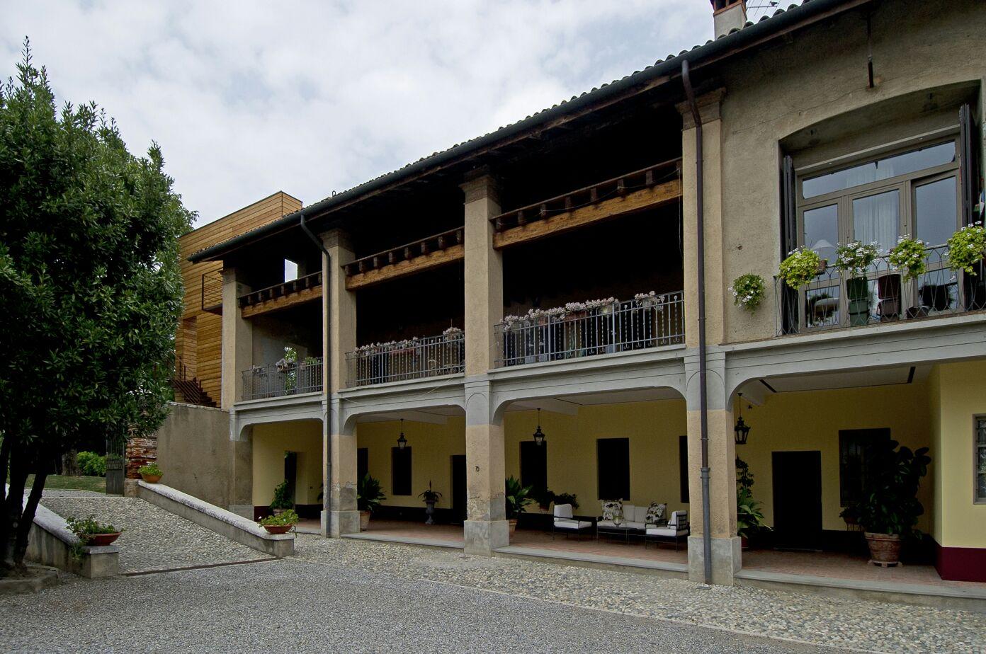 Soluzione Indipendente in affitto a Paderno Franciacorta, 6 locali, prezzo € 2.200 | Cambio Casa.it