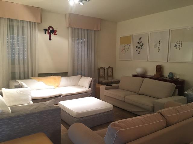 Appartamento in affitto a Brescia, 4 locali, zona Località: 1-CENTROSTORICO, prezzo € 2.500 | Cambio Casa.it