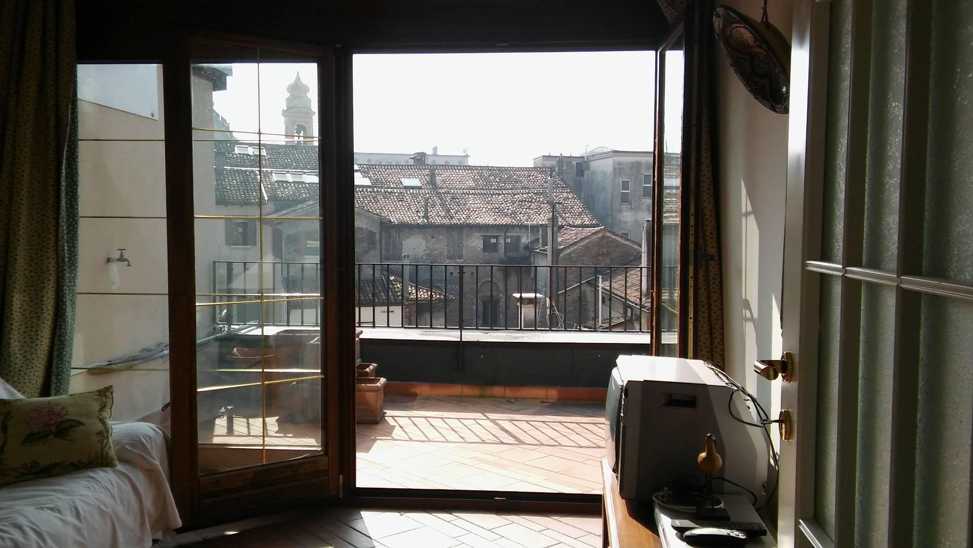 Attico / Mansarda in affitto a Treviso, 3 locali, zona Località: Centrostorico, prezzo € 850 | CambioCasa.it