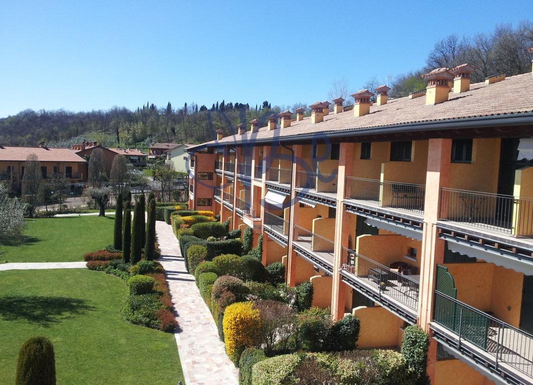 Bilocale Puegnago sul Garda Via Borgo Alto 2