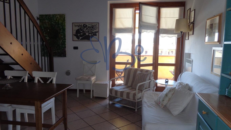 Bilocale Puegnago sul Garda Via Borgo Alto 7