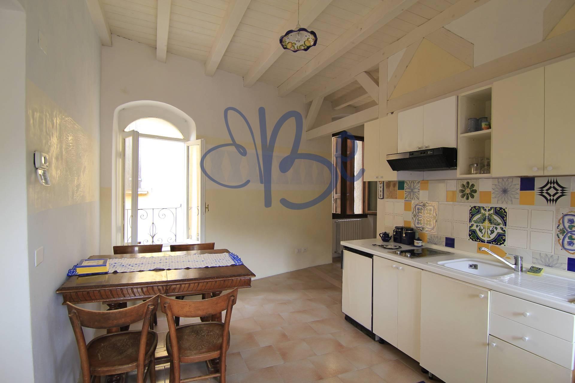 Appartamento in affitto a Roè Volciano, 1 locali, zona Zona: Trobiolo, prezzo € 400 | Cambio Casa.it
