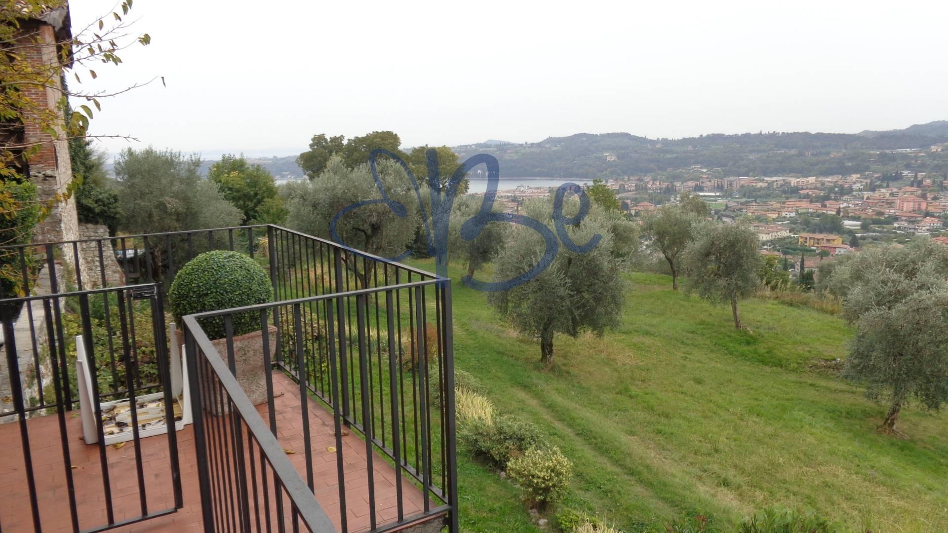 Appartamento in affitto a Roè Volciano, 4 locali, prezzo € 1.000 | Cambio Casa.it