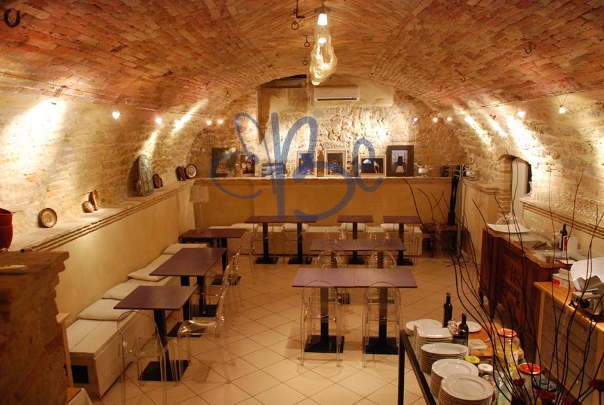 Negozio / Locale in vendita a Salò, 9999 locali, zona Località: Salò-Centro, prezzo € 230.000 | Cambio Casa.it