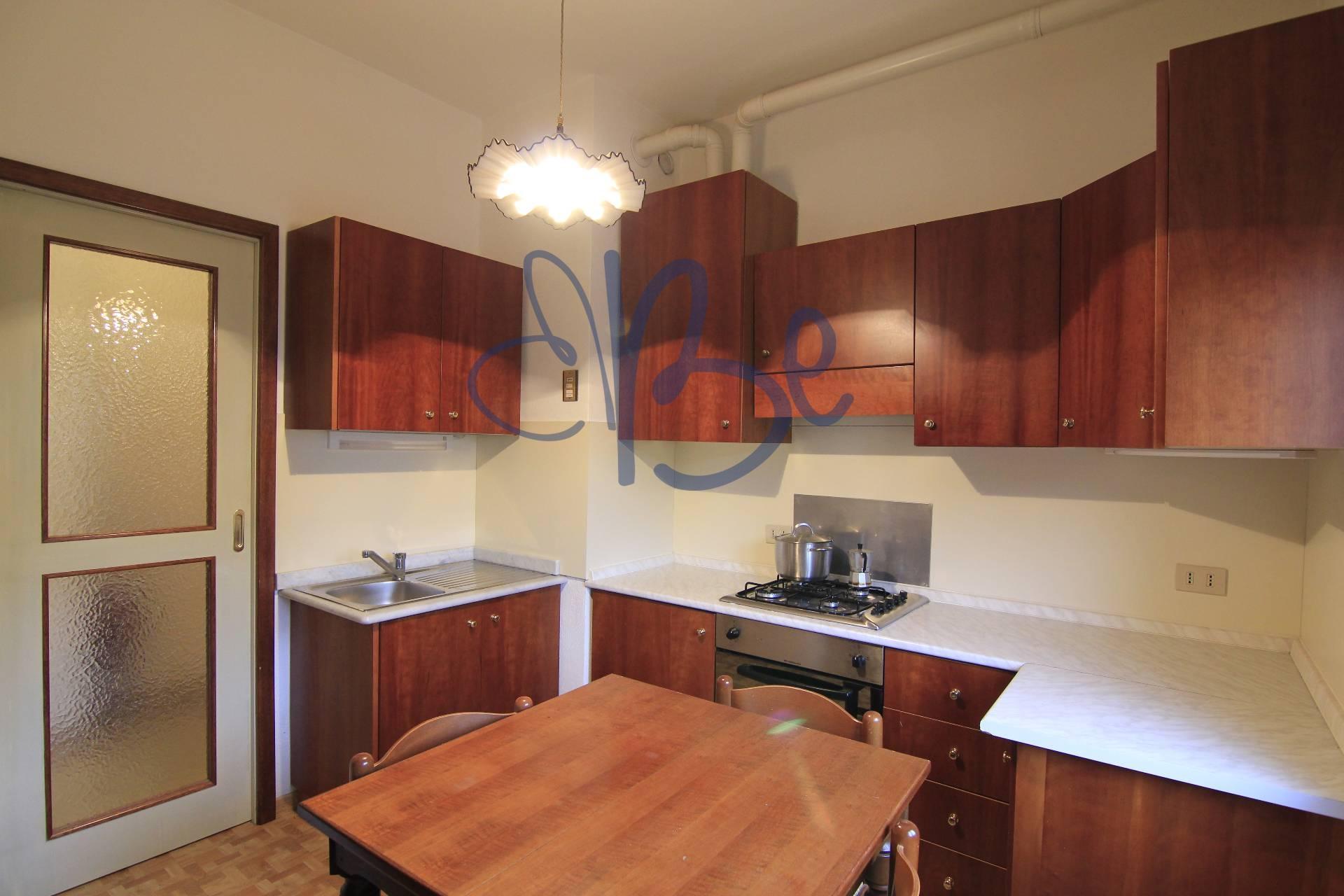 Appartamento in affitto a Salò, 3 locali, zona Località: Salò, prezzo € 550 | Cambio Casa.it
