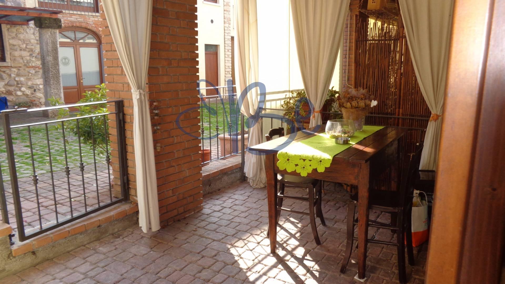 Appartamento in affitto a Salò, 2 locali, prezzo € 420 | Cambio Casa.it