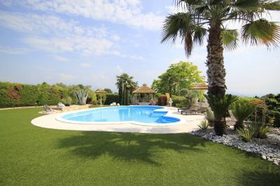 Villa in Vendita<br>a Manerba del Garda
