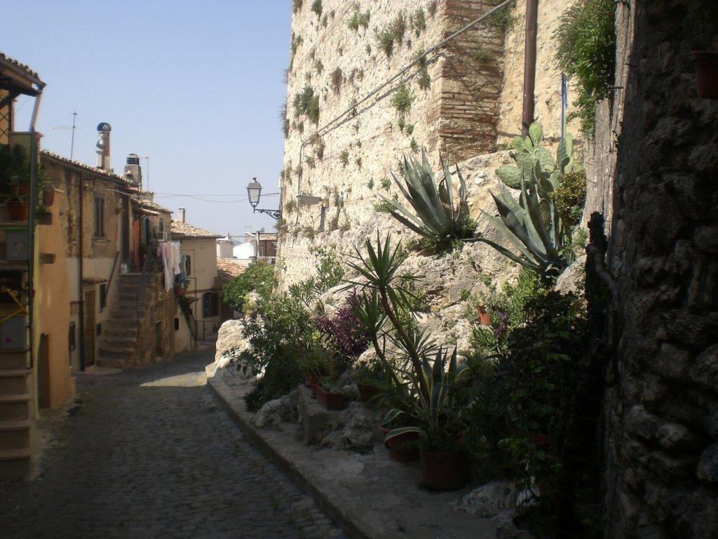 Bilocale Palombara Sabina Via Montecavallo 10