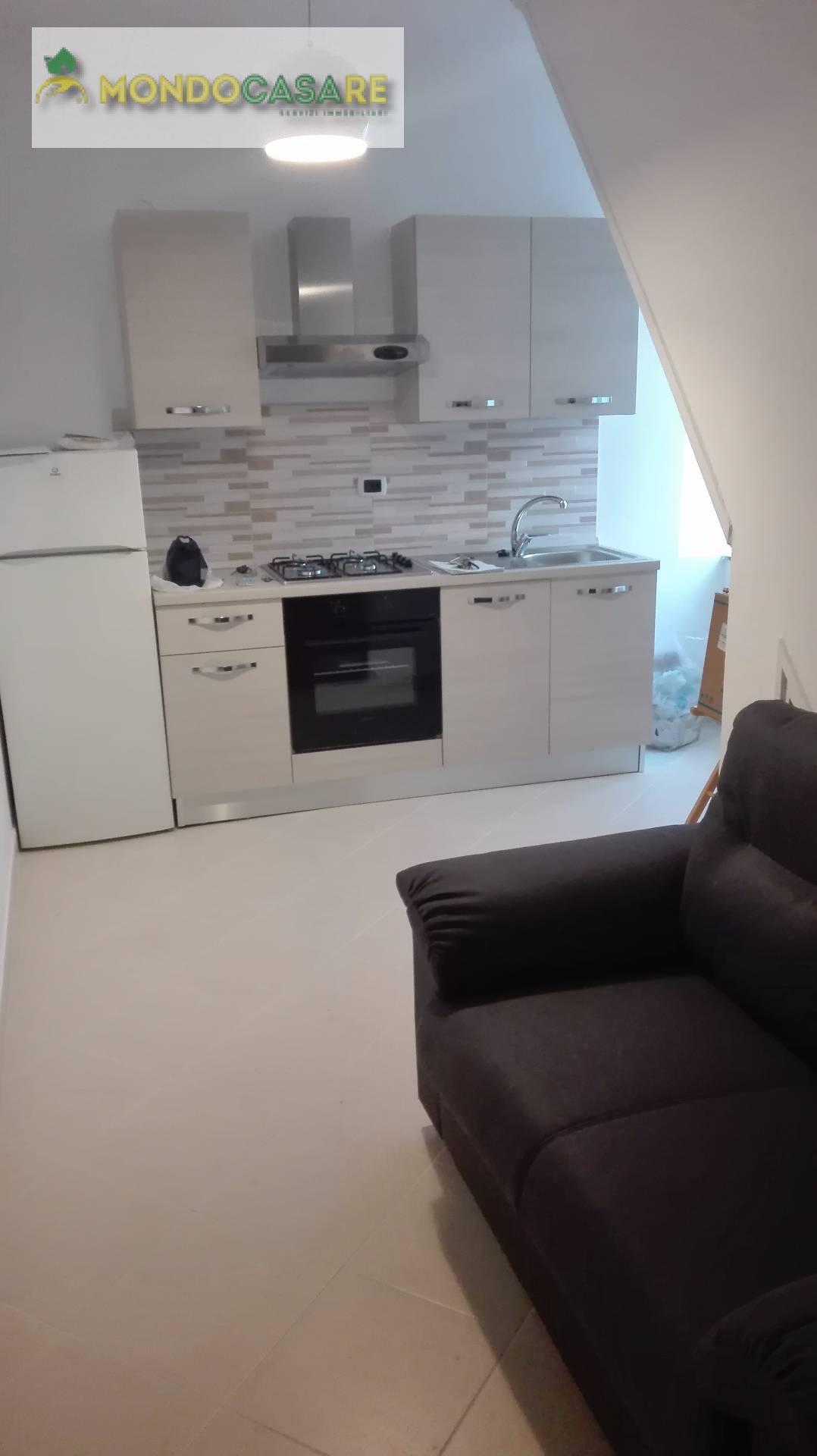 Appartamento in affitto a Palombara Sabina, 2 locali, prezzo € 360 | Cambio Casa.it