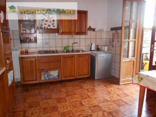Villa Bifamiliare in affitto a Palombara Sabina, 3 locali, prezzo € 550 | Cambio Casa.it